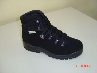 Туристически обувки CRISPI черен - 04222